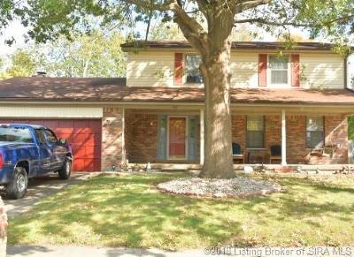 Clarksville Single Family Home For Sale: 940 Hazelwood Park