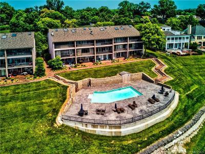Jeffersonville Single Family Home For Sale: 2200 Utica