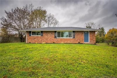 Henryville Single Family Home For Sale: 3813 Caney Road