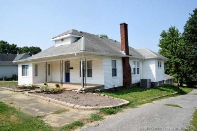 Washington County Single Family Home For Sale: 608 N High Street