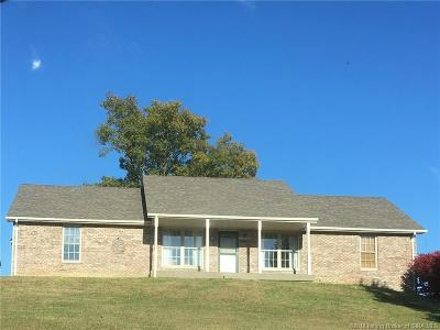 Henryville Single Family Home For Sale: 3711 Caney Road