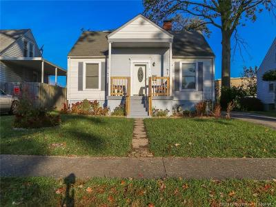 Clarksville Single Family Home For Sale: 211 W Carter Avenue