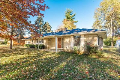 Jeffersonville Single Family Home For Sale: 202 Forest Drive