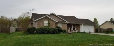 Scottsburg IN Single Family Home For Sale: $134,900
