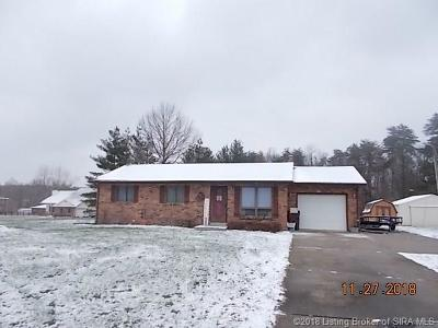 Scottsburg IN Single Family Home For Sale: $142,900