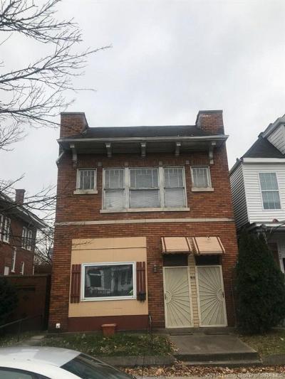 Louisville Single Family Home For Sale: 722 E Oak Street