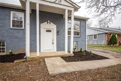 Jeffersonville Single Family Home For Sale: 109 Webster Boulevard