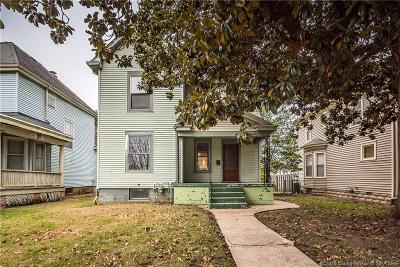 New Albany IN Single Family Home For Sale: $179,900