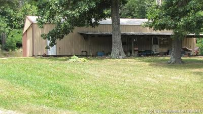 Floyd County Single Family Home For Sale: 3152 Corydon Pike