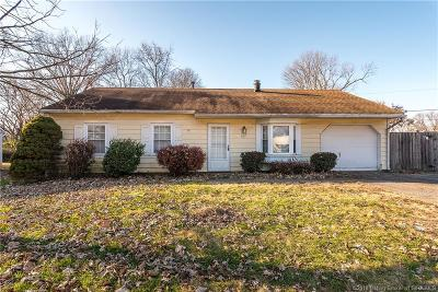 Jeffersonville Single Family Home For Sale: 607 Higgins Drive
