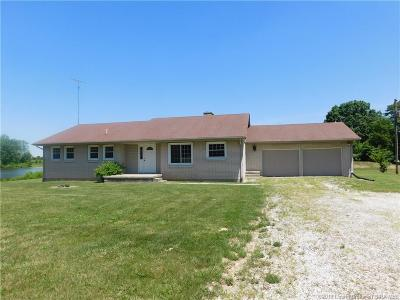 Scottsburg IN Single Family Home For Sale: $269,900