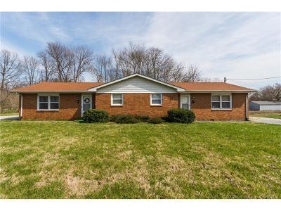 Scott County Single Family Home For Sale: 431 N Bond