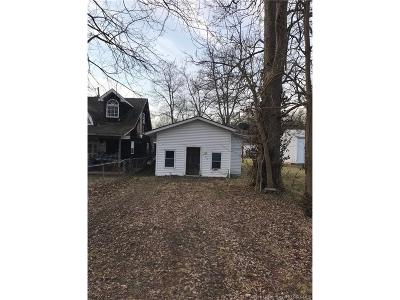 Floyd County Single Family Home For Sale: 745 Linden Street