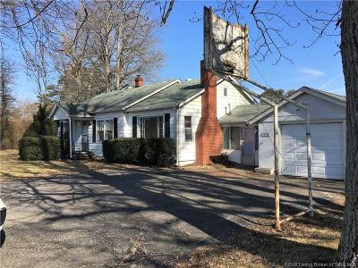 Henryville Single Family Home For Sale: 514 Mount Zion Road