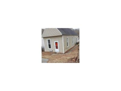 Floyd County Single Family Home For Sale: 902 Pine Street