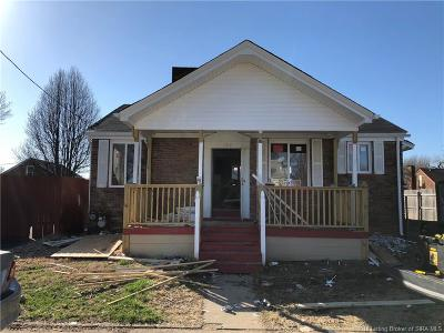 Clarksville Single Family Home For Sale: 129 N Patterson Avenue