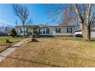 Floyd County Single Family Home For Sale: 3303 Wabash Avenue