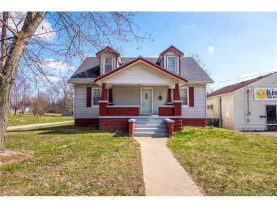 Scott County Single Family Home For Sale: 75 N Church Street
