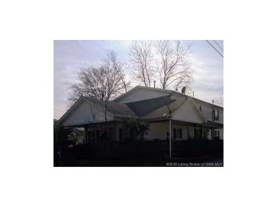 Scottsburg IN Single Family Home For Sale: $109,900
