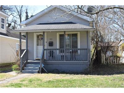 Clark County Single Family Home For Sale: 913 Penn Street