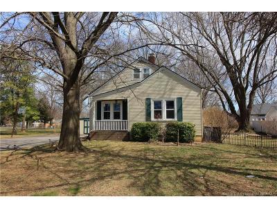 Floyd County Single Family Home For Sale: 1672 Garretson Lane