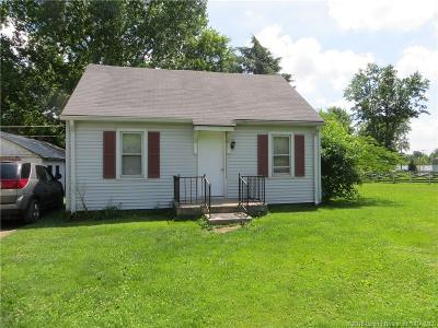 Scottsburg IN Single Family Home For Sale: $59,500