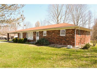 Jackson County Single Family Home For Sale: 5165 S County Road 1000 E