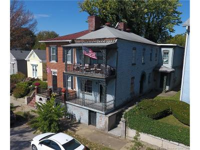 Jeffersonville Single Family Home For Sale: 411 E Riverside Drive