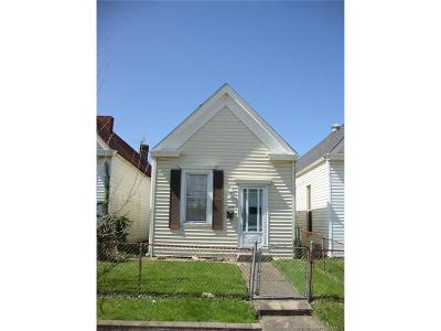 New Albany Single Family Home For Sale: 215 W 8th Street