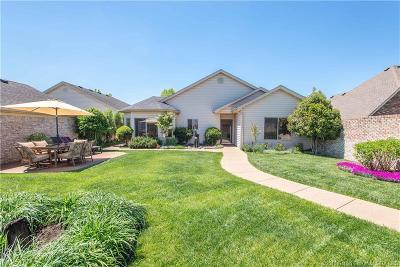 Jeffersonville Single Family Home For Sale: 3011 Julia Court