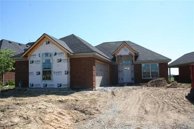 Henryville Single Family Home For Sale: 1709 Bay Hill Place