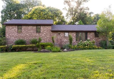 Floyds Knobs Single Family Home For Sale: 3025 Fairway Drive