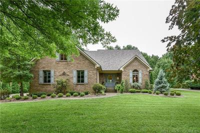 Jeffersonville Single Family Home For Sale: 1607 Tall Oaks Drive