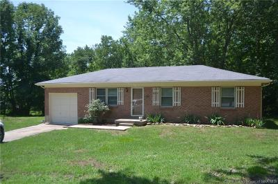 Crawford County Single Family Home For Sale: 223 S White Oak Circle