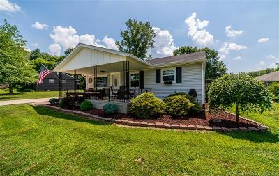 Clark County Single Family Home For Sale: 8 Graceland Way