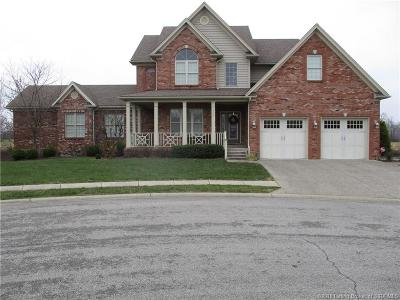 Scottsburg IN Single Family Home For Sale: $339,000
