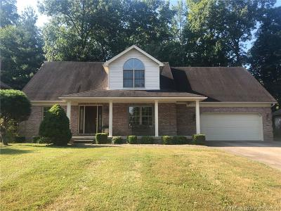 Scott County Single Family Home For Sale: 1235 W Woodstone Court
