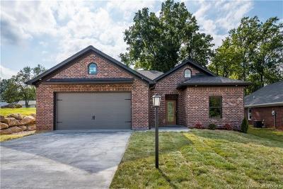 Corydon Single Family Home For Sale: 7 Old Capital Ridge NE