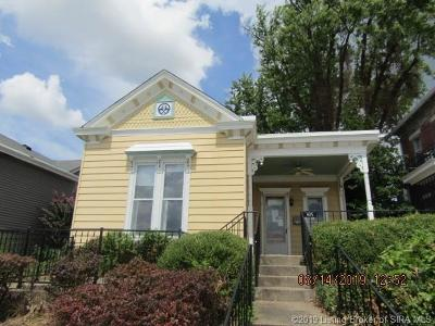 Jeffersonville Single Family Home For Sale: 405 E Riverside Drive