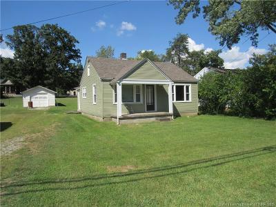 Floyd County Single Family Home For Sale: 2412 Corydon Pike