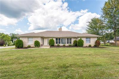Scott County Single Family Home For Sale: 76 W Pigeon Ridge