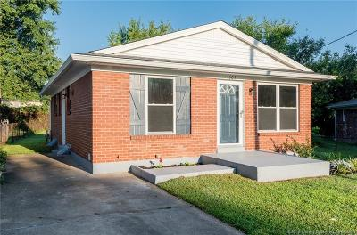 Jeffersonville Single Family Home For Sale: 1605 National Avenue