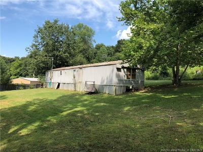 Scott County Single Family Home For Sale: 4999 S Reeves Road