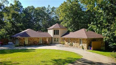 Floyds Knobs Single Family Home For Sale: 6015 Benchmark Iii Drive