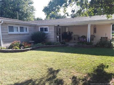 Jackson County Single Family Home For Sale: 920 Orchard Drive