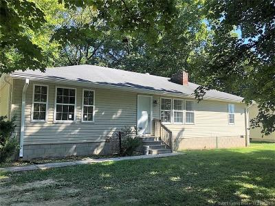 Jeffersonville Single Family Home For Sale: 4518 Charlestown Pike