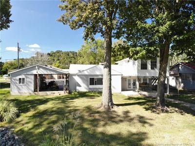 Charlestown Single Family Home For Sale: 122 River Road E