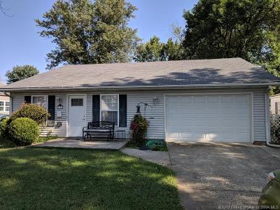 New Albany Single Family Home For Sale: 1736 Twin Oaks Drive