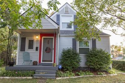 Jeffersonville Single Family Home For Sale: 45 Center Street