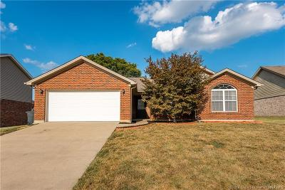 Jeffersonville Single Family Home For Sale: 5919 Pine View Court